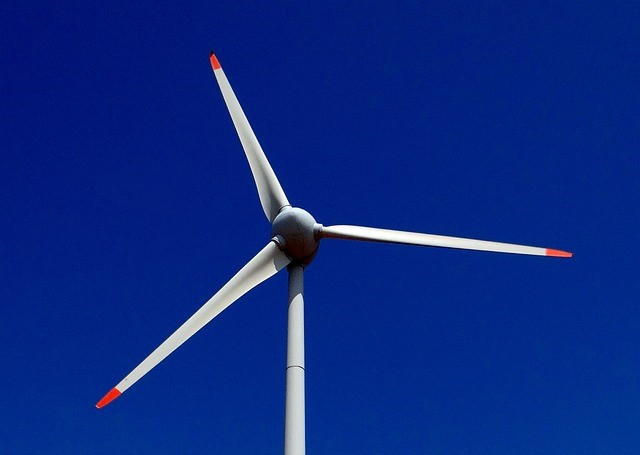 windturbineblue
